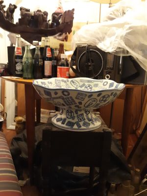 Antique Asian porcelain for Sale in Oxon Hill, MD