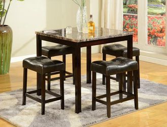 Kinsey 5-Piece Counter Height Set for Sale in Riverdale Park,  MD