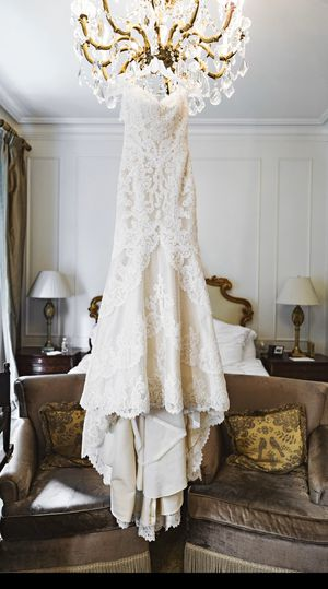 Matthew Christopher Emma Wedding Gown for Sale in Houston, TX