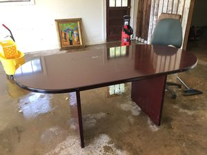 Office table good condition for Sale in Stone Mountain, GA
