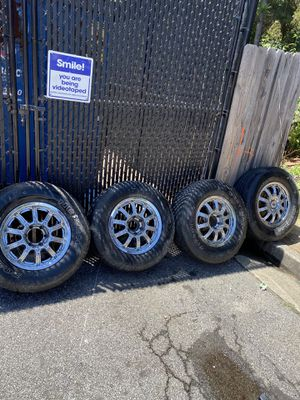 17' RIMS WITH TIRES for Sale in Forest Park, GA