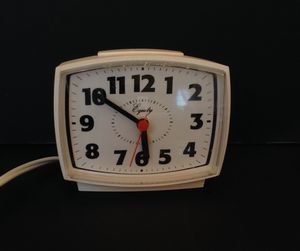 REDUCED! Vintage Equity Alarm Clock for Sale in Lakewood, OH