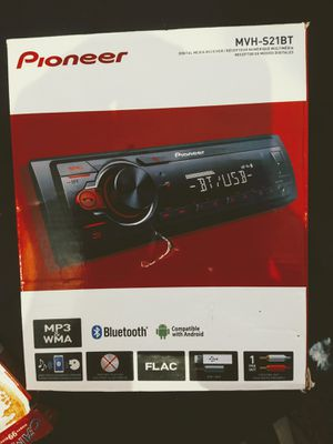 MVH-S21BT PIONEER IN-DASH STEREO SYSTEM. BRAND NEW. W/ BLUETOOTH, AUXILIARY PLUG, and USB CONNECTION for Sale in Rowlett, TX