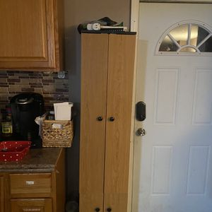4 DOOR ORGANIZER for Sale in Washington Township, NJ