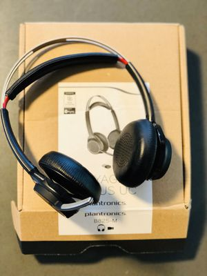 Bluetooth Wireless Plantronics Voyager Focus UC B835-M for Sale in Issaquah, WA