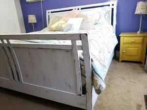 Distressed Wooden King Bedframe for Sale in Clackamas, OR