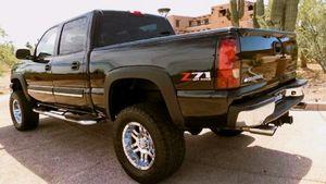 new breaks 1200$ 03 Chevy Silverado for Sale in Wichita, KS