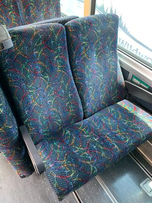 1999 MCI bus seats for Sale in Longview, WA