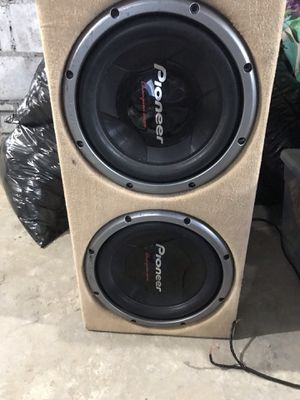 Subwoofer + amplifier and fan. for Sale in Boston, MA