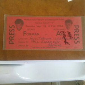 Ali Press Pass for Sale in West Covina, CA