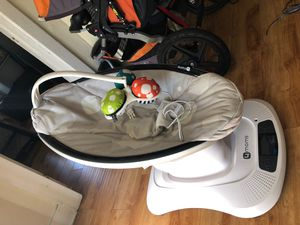 4moms Mamaroo for Sale in Rancho Cucamonga, CA