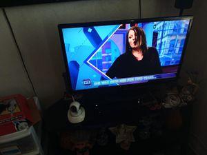 32 inch lg 4k tv for Sale in Ontario, CA