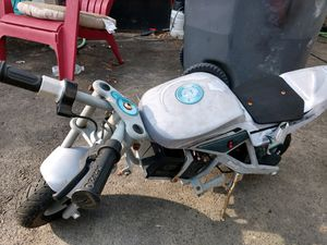 Razor scooter no charger for Sale in Reynoldsburg, OH