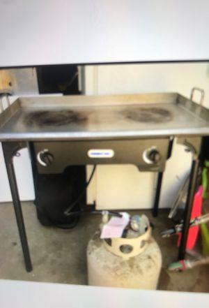 Plancha parrilla y tanque para gas for Sale in Whittier, CA