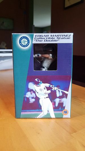 Edgar Martinez Collectible Statue for Sale in Kenmore, WA