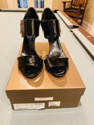 Gucci Black Patent Pump in Rare Size 42 (11) for Sale in Hinsdale, IL