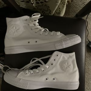 All white leather converse high for Sale in Irving, TX