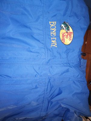2X bass pro fishing jacket with hoodie for Sale in Norfolk, VA