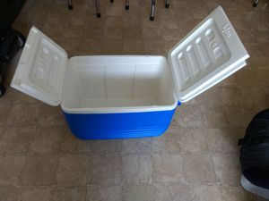 Cooler for Sale in Renton, WA