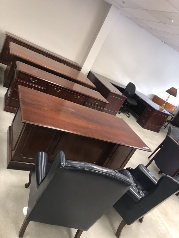 High end office furniture store