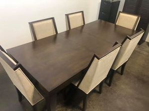Dinning Table for Sale in Chandler, AZ