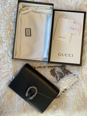 Gucci Chain Wallet for Sale in Downey, CA