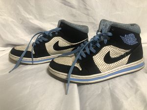 June 2009 Nike Dunk Men Shoe High Sky Blue and Black SZ9 for Sale in Chicago, IL