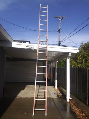 Solid Ladder. Good condition for Sale in Stockton, CA