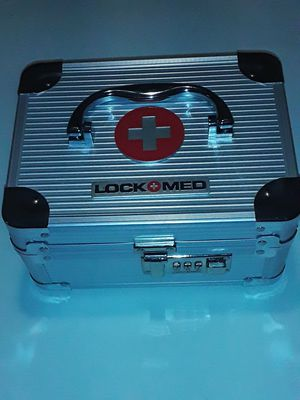 Lock+Med Lockbox Brand New!! Nothing wrong with it. I no longer have any use for it for Sale in Green Bay, WI