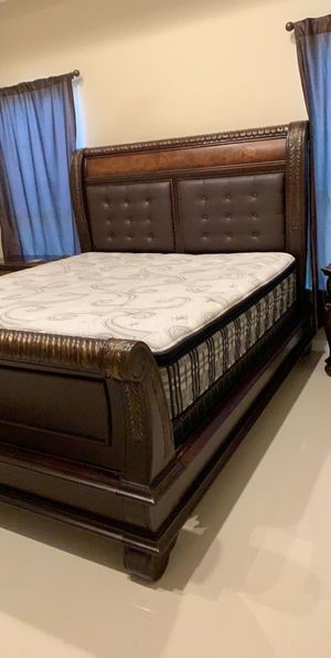 King Size Bed!! for Sale in Mission, TX