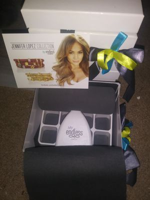 Jennifer Lopez jewelry displays for Sale in Akron, OH