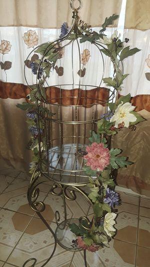 Nice decor bird cage for Sale in San Bernardino, CA