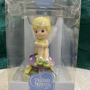 Precious Moments Disney Showcase Collection Tinkerbell - February (New in Box, Box Slightly Damaged) for Sale in Chicago, IL