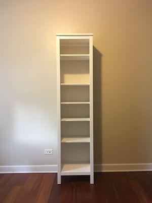 White Pine Bookcase for Sale in Chicago, IL