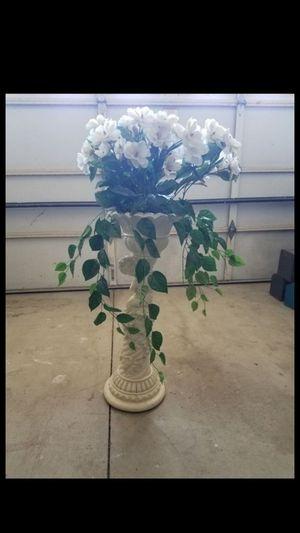 Grecian cherub plaster vase decoration for Sale in Fontana, CA