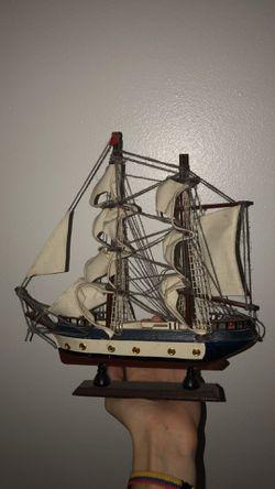 Small Model Wooden Boat for Sale in Orlando,  FL