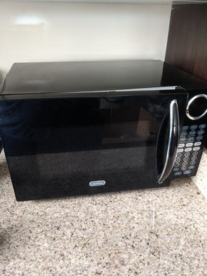 Microwave Excellent Condition for Sale in Takoma Park, MD