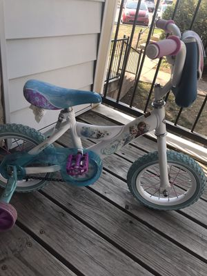 Kids bike age 3 to 5 for Sale in Lakewood, CO