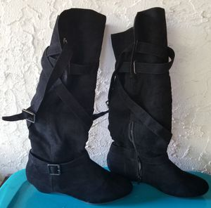 Black Knee High Boots for Sale in Orlando, FL