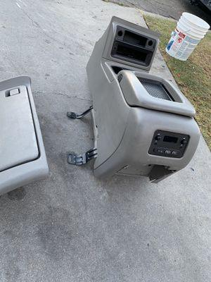 Center console for Sale in Santa Maria, CA