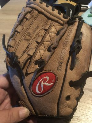 Rawlings XP10 Right Hand Throw Youth Baseball Glove for Sale in Tomball, TX