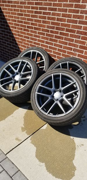 Velgan VMB5 GunMetal 22x10.5 with TIRES!! For JEEP wrangler, Jeep Grand Cherokee and more! for Sale in Dearborn Heights, MI