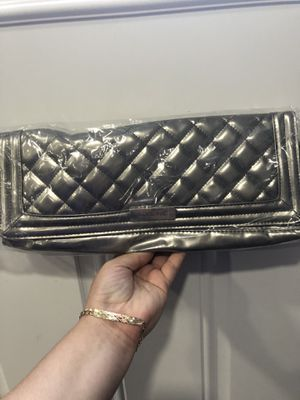 Hair straightener clutch for Sale in Bothell, WA