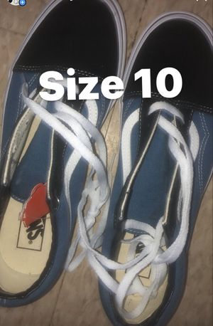 Size 10 low top vans men's for Sale in Merion Station, PA