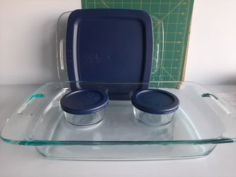 Pyrex Easy Grab Glass Bakeware and Food Storage for Sale in Houston,  TX
