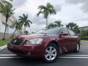 2005 NISSAN ALTIMA 110K millas for Sale in Miami, FL