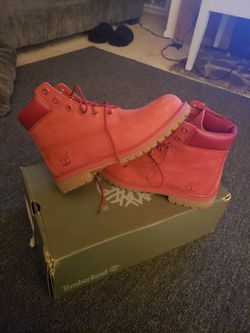 Nubuck Red timberland boots 7y for Sale in Village,  OK