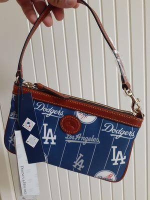 Los Angeles Dodgers / Dooney & Bourke / Wallet Clutch for Sale in Chula Vista, CA