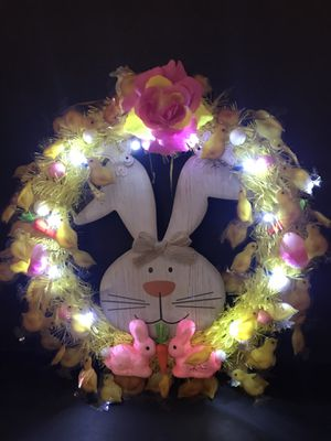 ♥️decorative Easter 🐣 Day wreath with battery 🔋 light 17 inches tall 16 inches wide for Sale in Chicago, IL