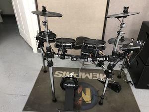 Alesis electric drum set!!!! for Sale in West Valley City, UT